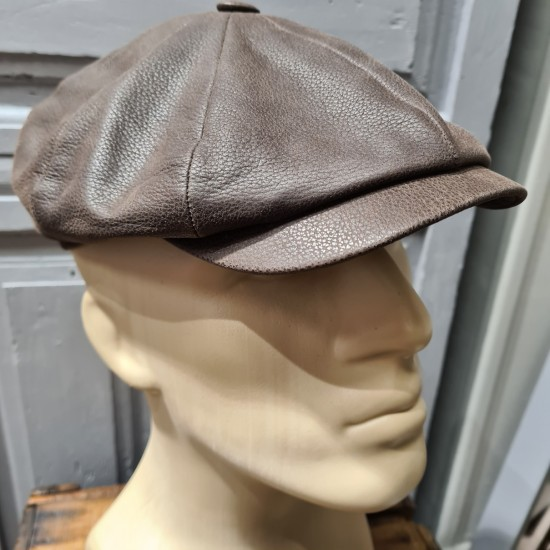 Leather brown cap by Stetson