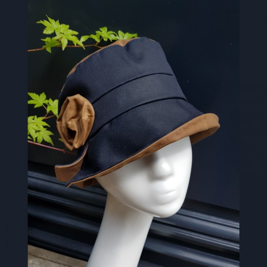 """Jazz"" Rain Hat by Lilik et..."