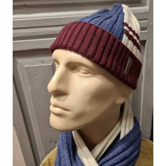 Men's Beanies and scarfs by...